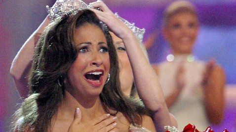 erika harold (being crowned)