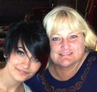 paris-jackson-debbie-rowe-close