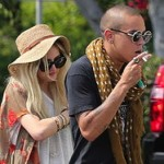 Evan Ross Spotted With Ashlee Simpson (Pics)