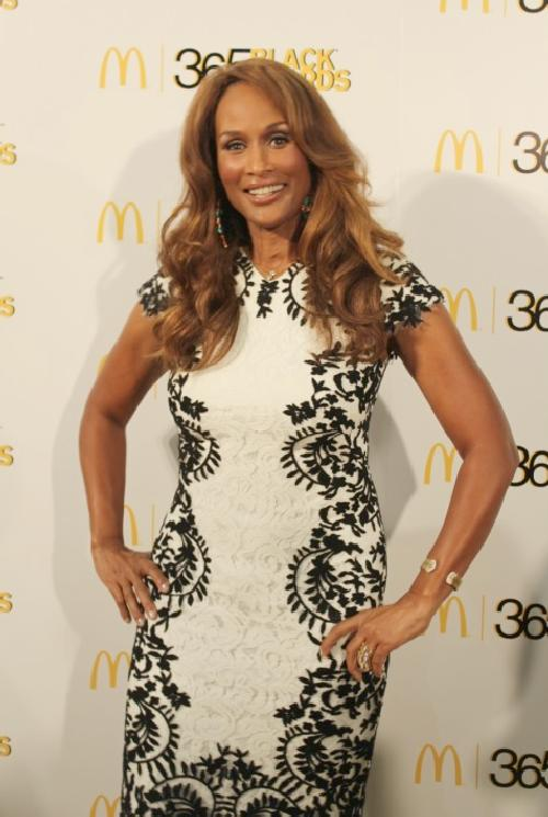 beverly johnson (365 yc)