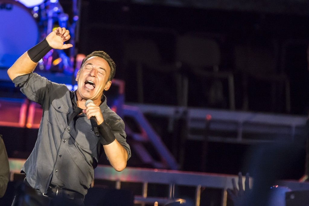 Bruce Springsteen seen peforming live in Rome. Springsteen is just one of many stars who are participating in this year's singing Rock Festival in Rome. (July 11, 2013)