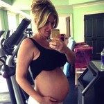 Kim Zolciak Snaps Selfie of Pregnant Belly (Pic)