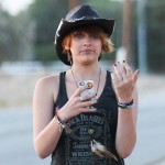 Paris Jackson to Stay in Psychiatric Treatment Until End of  MJ Trial