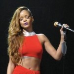 Rihanna Moved to Tears in France By the Love from Her Fans