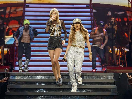 Jennifer-Lopez-and-Taylor-Swift