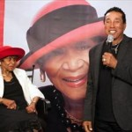 Smokey Robinson Helps Honor Maxine Powell, Famed Director of Motown's Artist Development Dept.