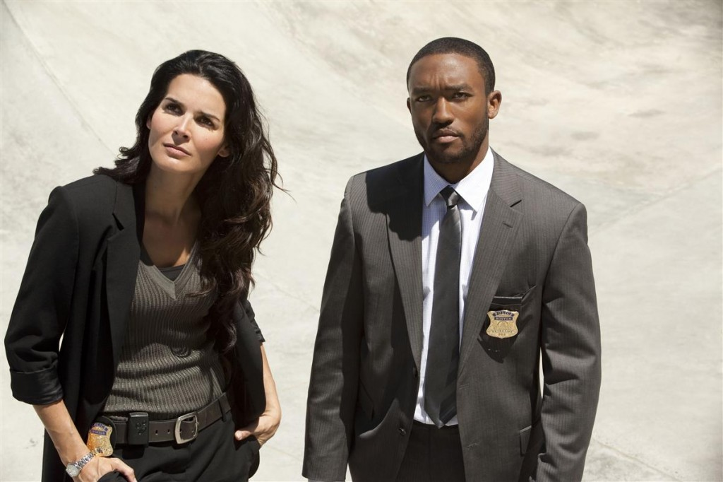"Rizzoli & Isles: Angie Harmon and Lee Thomas Young in the episode 102, ""Sympathy for the Devil"""
