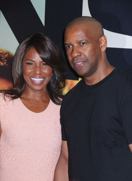 Pauletta Washington and Denzel Washington attend the '2 Guns' premiere at SVA Theater in New York City. (July 29, 2013)