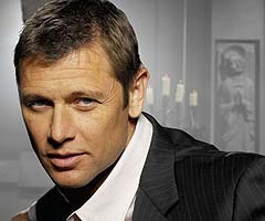 "Grant Show (""Melrose Place"") stars in new Lifetime primetime soap opera 'Devious Maids.'"