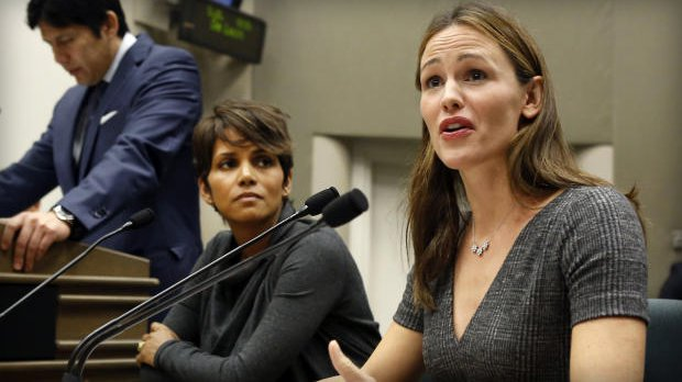 halle berry and jennifer garner-testify
