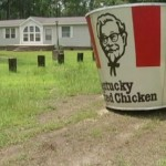 Woman Finds 7-Foot Kentucky Fried Chicken Bucket on Front Lawn (Video)