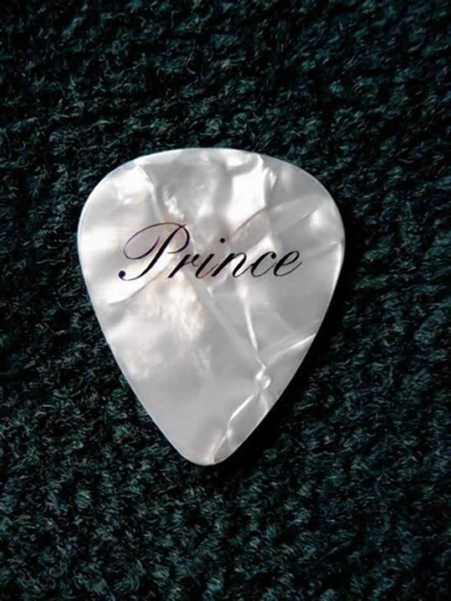 prince guitar pick