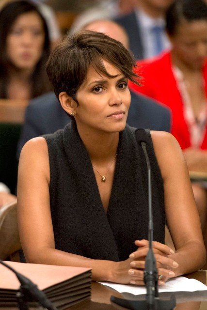halle berry (in court)