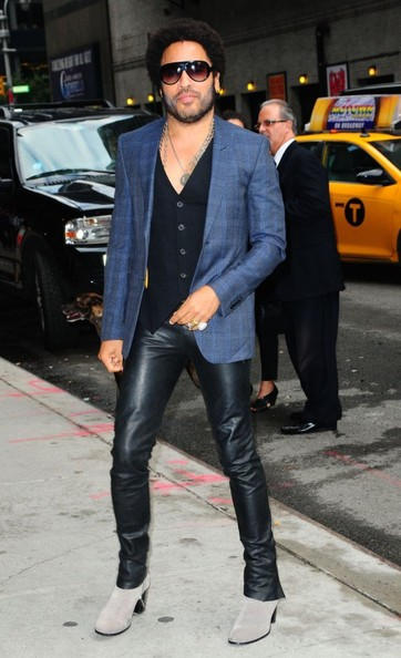 Lenny Kravitz arrives at The 'Late Show With David Letterman' in New York City, New York on August 28, 2013