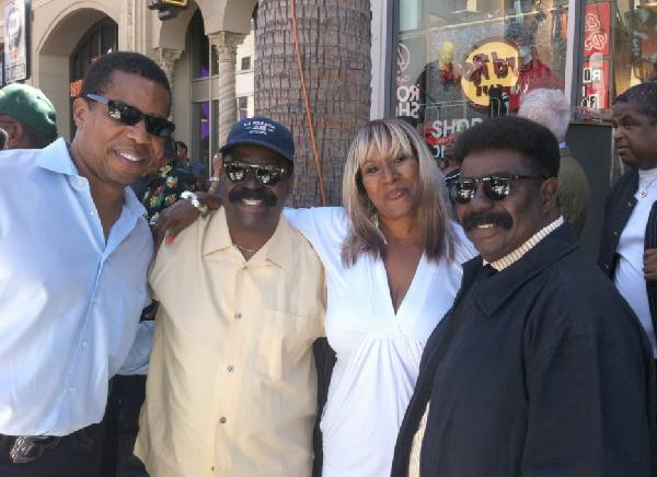 Tony Cornelius, Brenda Holloway, Walter & Scotty Scott (Whispers twins)