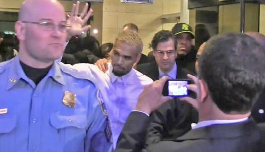 chris brown released from dc jail