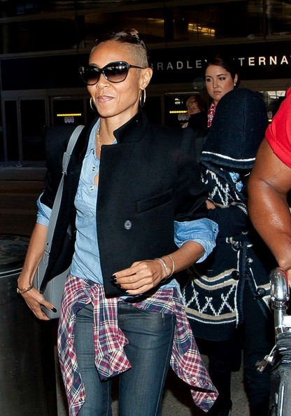 Jada Pinkett Smith and Willow Smith arrive at LAX. (October 7, 2013)