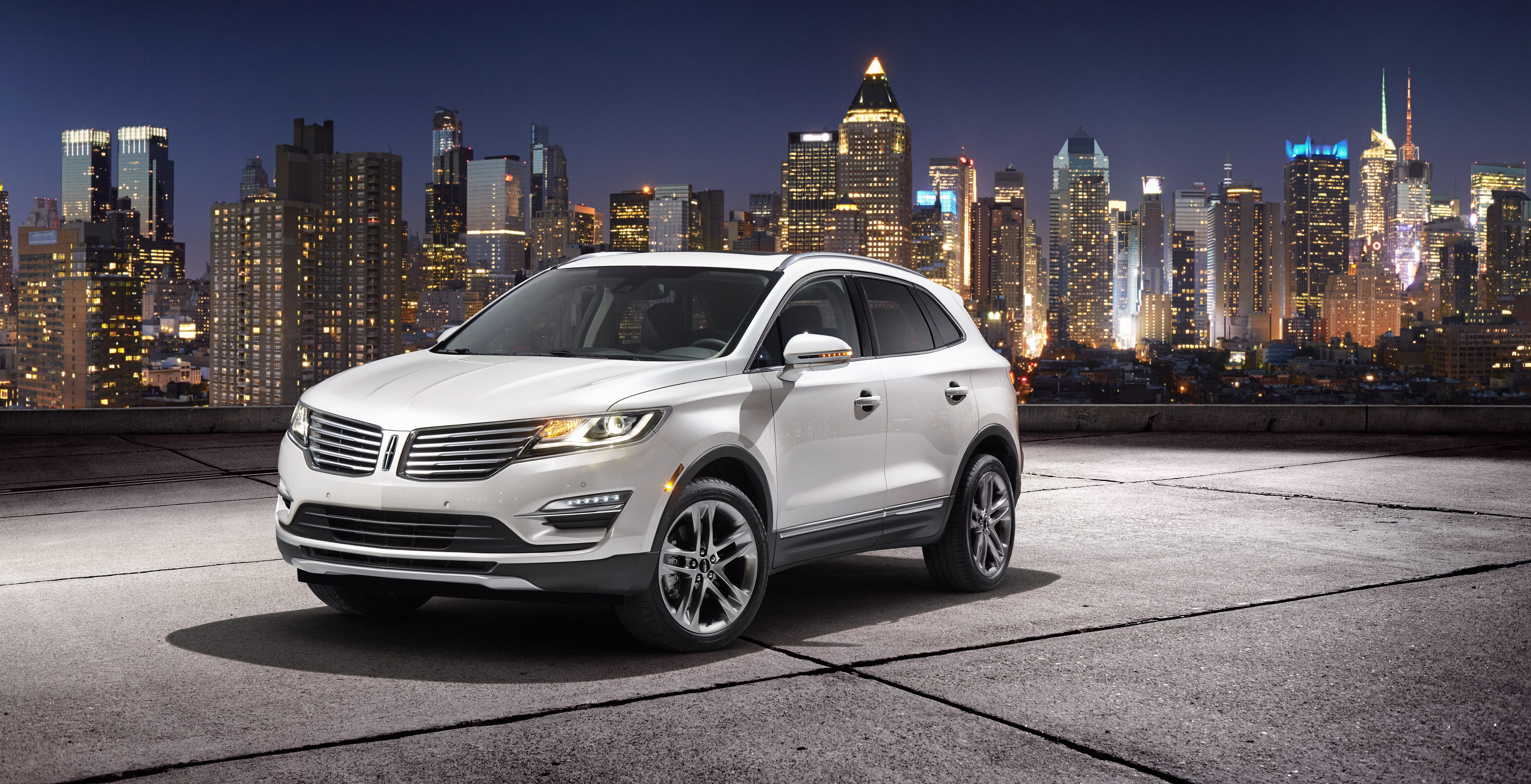 Lincoln Motor Company >> Lincoln Motor Company Introduces Sporty New 2015 Mkc In New York