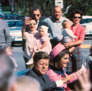 JFK's last moments - Photo: H. Warner King