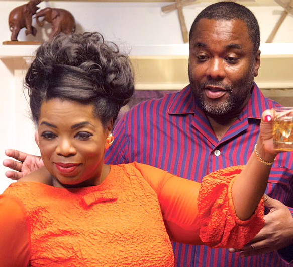 OPRAH WINFREY and Director LEE DANIELS on the set of THE BUTLER