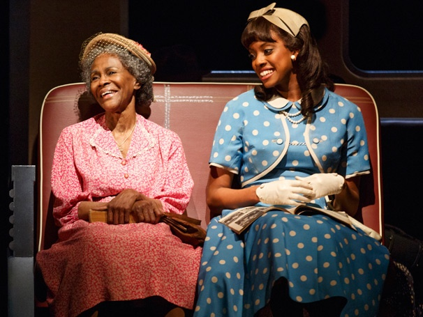 Cicely Tyson and Condola Rashad in Broadway's The Trip to Bountiful