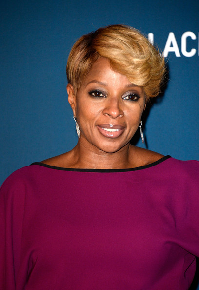 Singer Mary J. Blige arrives at the LACMA 2013 Art + Film Gala on November 2, 2013 in Los Angeles