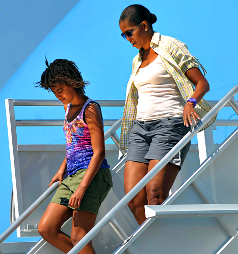 First Lady Michelle Obama stepped off Air Force One wearing shorts in Arizona on Aug. 16, 2009.