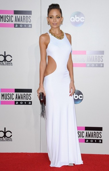 Nicole Richie arrives at the 2013 American Music Awards at the Nokia Theatre L.A. Live in Los Angeles on November 24, 2013