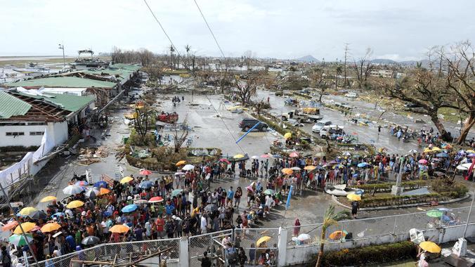typhoon haiyan survivors in philippines