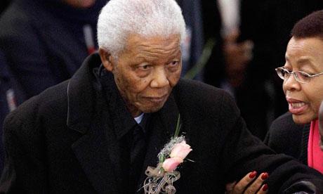 Nelson-Mandela-arrives-fo-007