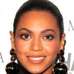 'Beyonce' Debuts at No. 1; Already 24th Biggest Selling Album of 2013
