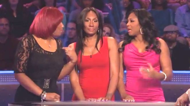 "(L-R) Traci, Towanda and Trina Braxton compete on ""Who Wants to Be a Millionaire?"" (Dec. 11 and 12, 2013)"