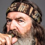 Phil Robertson Returning to 'Duck Dynasty'; A&E Ends Suspension
