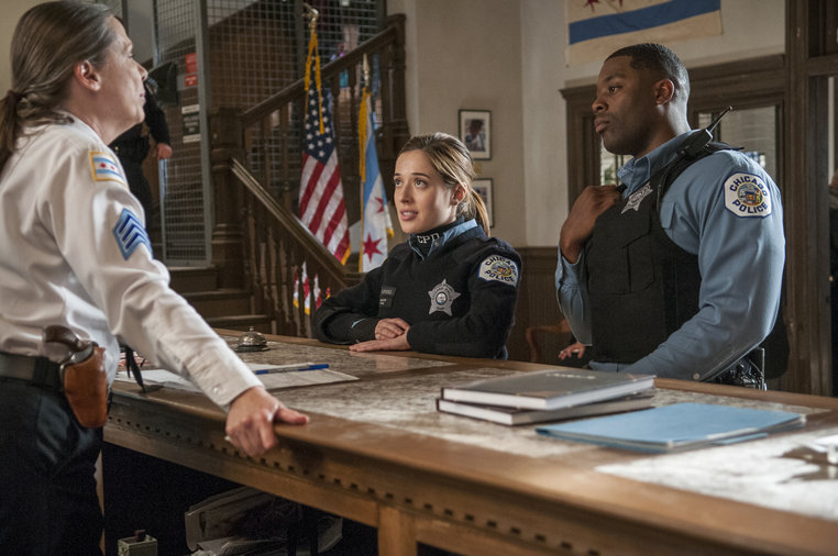 "CHICAGO P.D.: LaRoyce Hawkins (R) in the episode ""Thirty Ballons,"" airing Feb. 5, 2014"