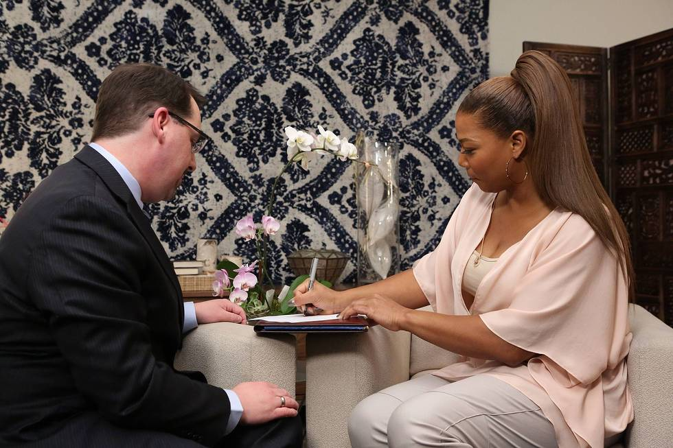 Queen Latifah: 2014 Justice of Peace Swearing In Ceremony