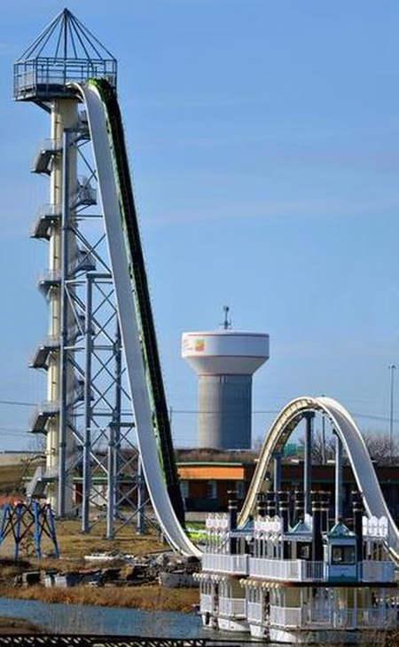 Worlds-Tallest-Water-Slide-1