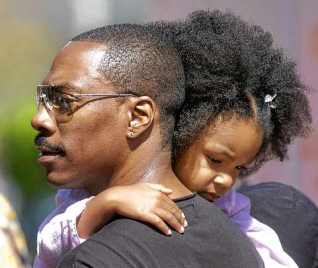Photo of Eddie Murphy & his  Daughter  Angel Iris Murphy Brown