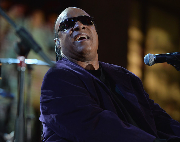 Singer Stevie Wonder performs at the 82nd Annual Hollywood Christmas Parade on December 1, 2013 in Hollywood