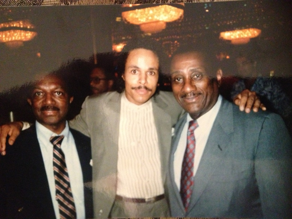 Leon Isaac Kennedy w Bob & John Johnson