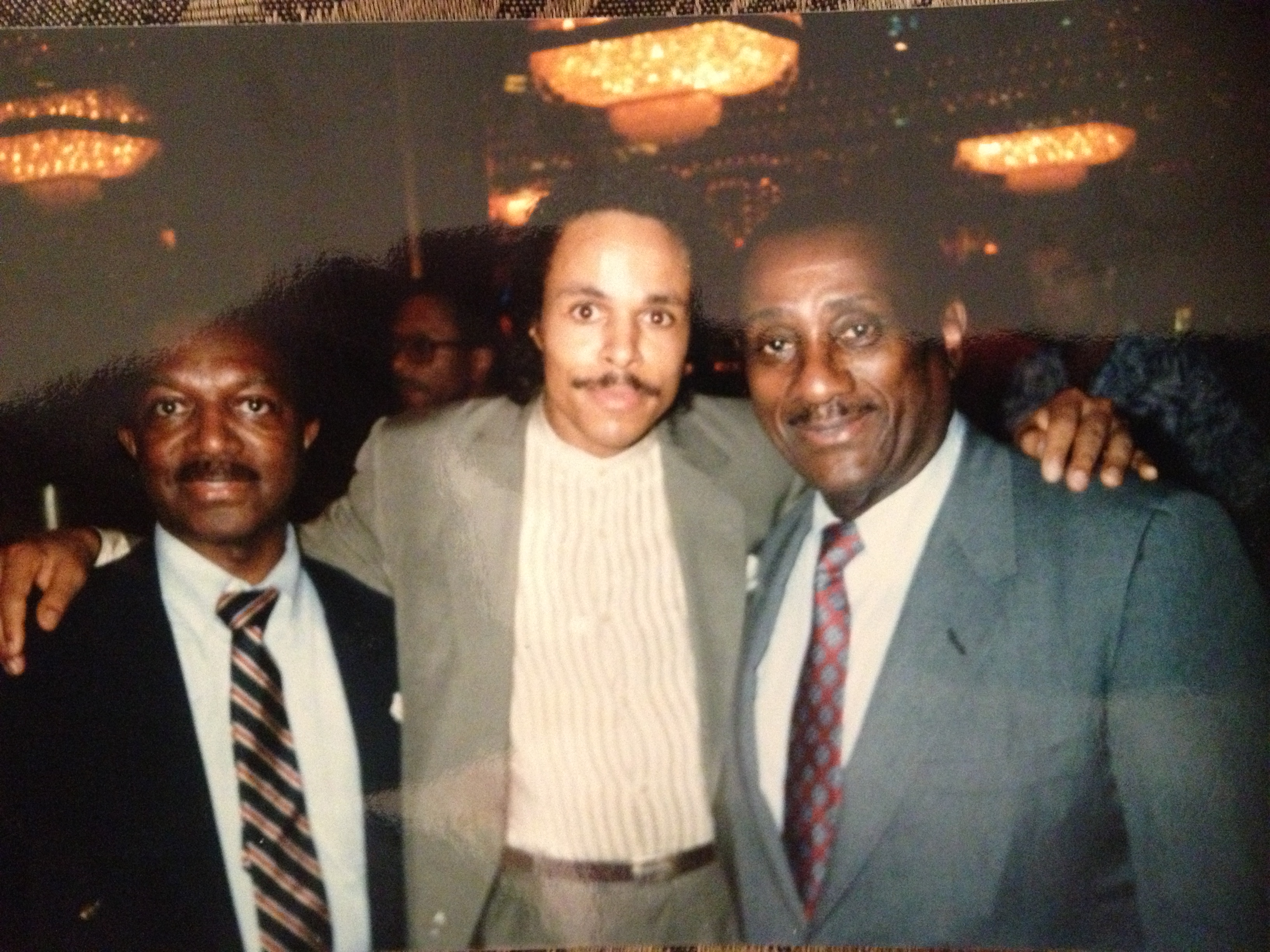 EURexclusive Leon Isaac Kennedy Calls Lee Bailey to Add to My
