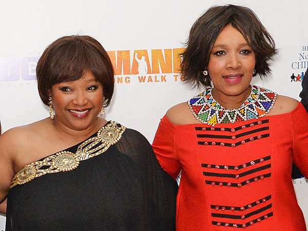 Zindzi Mandela (L) and Zenani Mandela (R) at London premiere of Mandela: Long Walk To Freedom (December 2013)