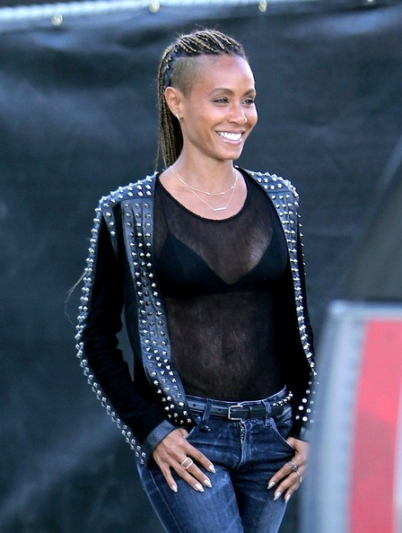 Jada Pinkett Smith smiles as she shops in West Hollywood on December 10, 2013