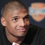 Michael Sam – Missouri Lineman & NFL Draft Candidate – Comes Out As Gay