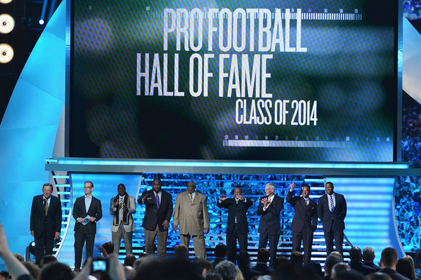(L-R) Former New York Jets quarterback Joe Namath, sportscaster Joe Buck and NFL's Pro Football Hall of Fame class of 2014 Derrick Brooks, Walter Jones, Claude Humphrey, Aeneas Williams, Ray Guy, Andre Reed and Michael Strahan at the 3rd Annual NFL Honors at Radio City Music Hall on February 1, 2014 in New York City