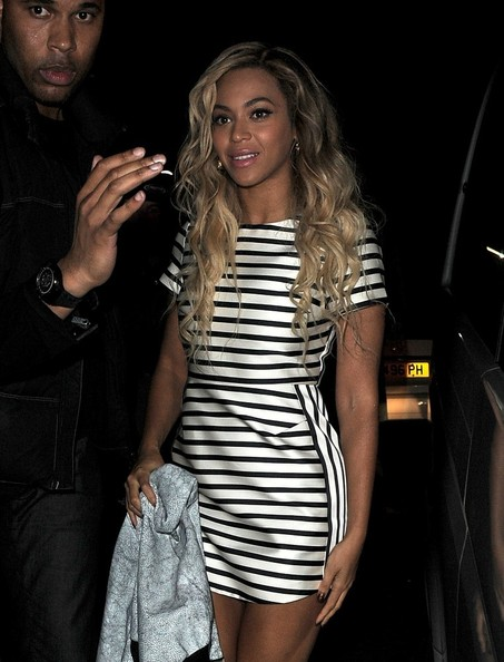 LONDON: Beyonce Knowles enjoys a night out at The Arts Club in Mayfair. (March 7, 2014)