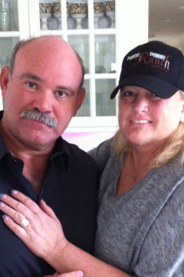 2Debbie-Rowe-Is-Engaged-to-Michael-Jackson-s-Producer-Marc-Schaffel-Photo-434740-2