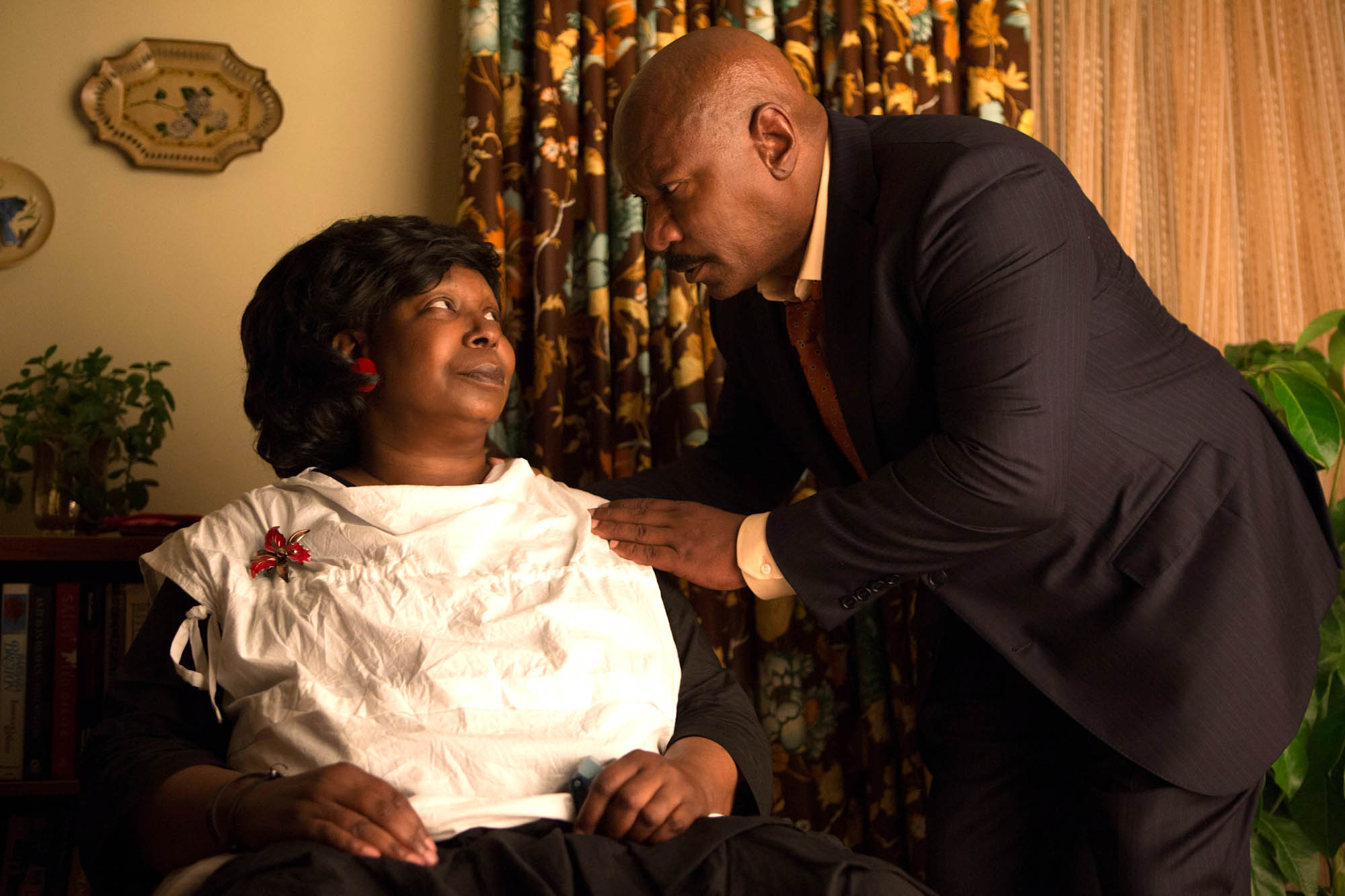 """Whoopi Goldberg and Ving Rhames in Lifetime's """"A Day Late and a Dollar Short"""""""