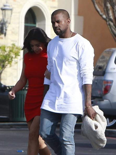 Kim Kardashian and Kanye West enjoy an afternoon movie together in Calabasas, California on March 14, 2014