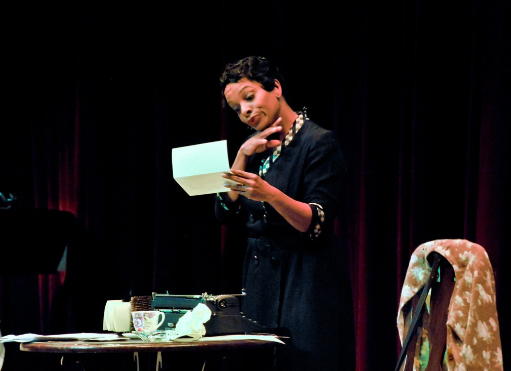 """Vanessa Bell Calloway as Zora Neale Hurston in a scene from """"Letters From Zora"""" (Photo by Chris Roman)"""