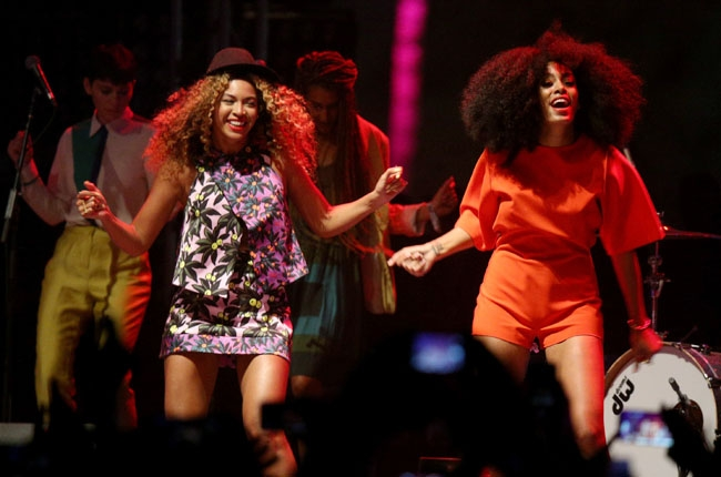 Beyonce performs with her sister Solange Knowles during day 2 of the 2014 Coachella Valley Music & Arts Festival on April 12, 2014 in Indio, California